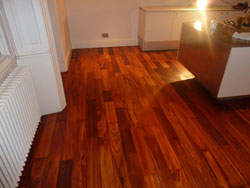 wlanut wood floor cleaning leeds